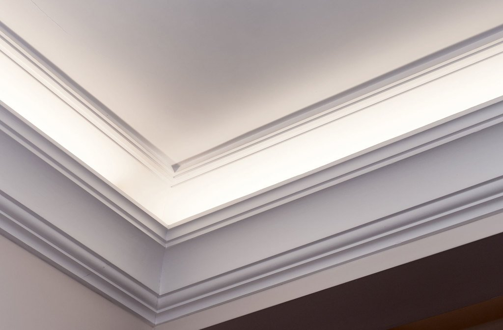 Plaster Cornice Sample with Lighting